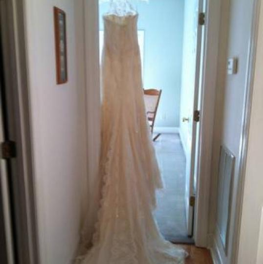 Pronovias Ivory Lace Sale Gown Retro Wedding Dress Size 4 (S) Image 1