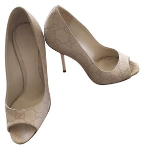 Gucci Monogram Peep Toe Pump Mystic White (Natural) Pumps