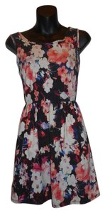 Forever 21 short dress BLACK FLORAL Floral Sleeveless Skater on Tradesy