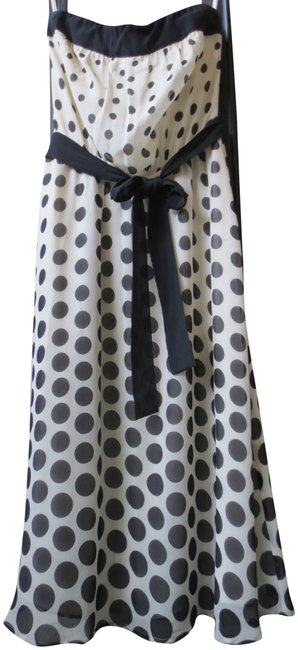 Preload https://item4.tradesy.com/images/the-limited-ivory-and-black-silk-chiffon-polka-dot-knee-length-cocktail-dress-size-4-s-154833-0-1.jpg?width=400&height=650