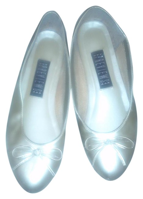 Item - Gold Flats Size US 8 Regular (M, B)