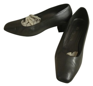 St. John Leather PEWTER Pumps