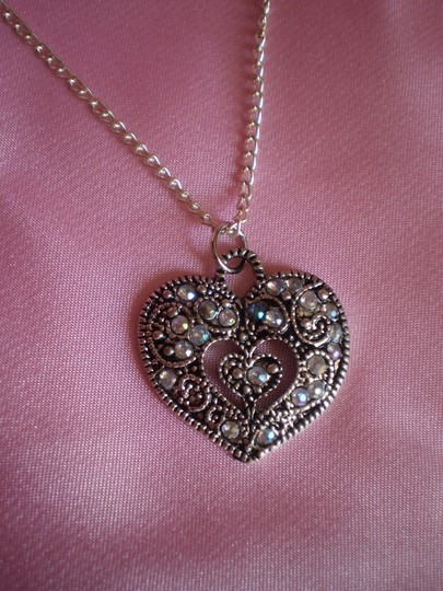 Other Crystals heart necklace