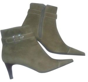 Preview International Olive Boots