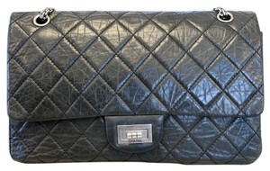 Chanel Reissue 227 Flap Flap Aged Calfskin Shoulder Bag