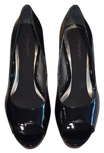 Bandolino Black patent leather Pumps
