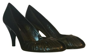 Gianni Bini Black leather Pumps