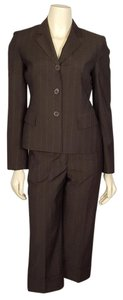 Anne Klein ANNE KLEIN brown capri suit size 2