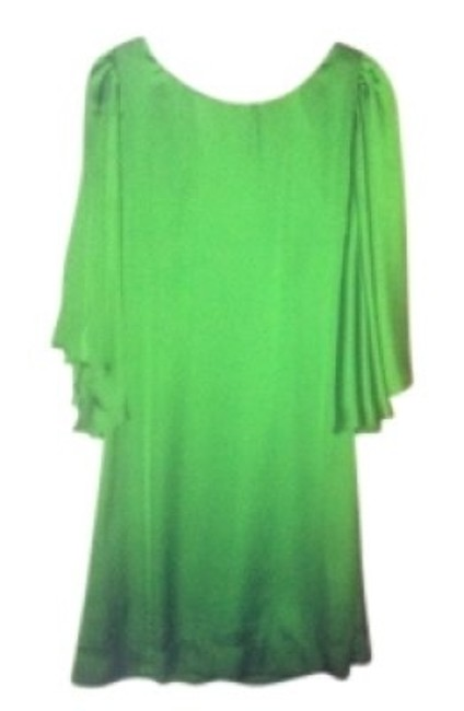 Preload https://img-static.tradesy.com/item/154923/blaque-label-emerald-green-butterfly-sleeve-knee-length-cocktail-dress-size-8-m-0-0-650-650.jpg