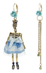 Betsey Johnson Skulls and Roses Skeleton Earrings B10974