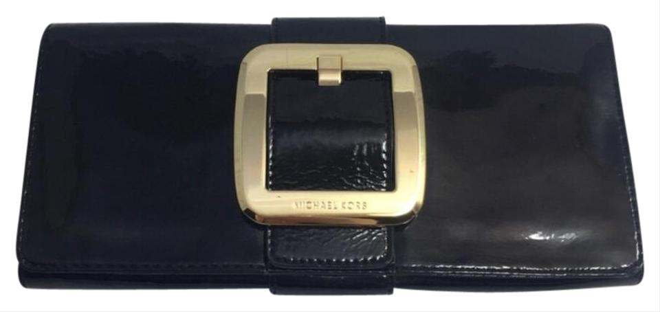 186a0fe78647 Michael Kors Black and Gold Patent Leather Clutch - Tradesy