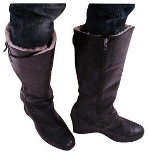 UGG Australia Boot Leather Midcalf Black Boots