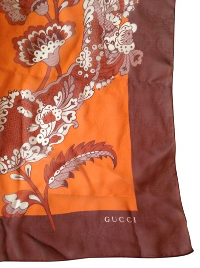 Gucci GUCCI AUTHENTIC NWT FLORAL SILK SCARF