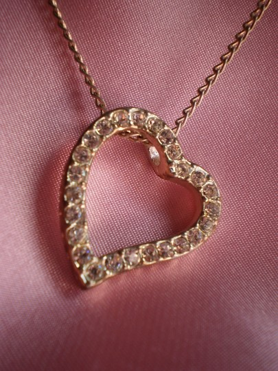 Unknown Crystal heart necklace