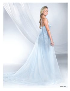 Alfred Angelo 251 Wedding Dress