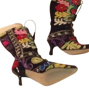 Zeyzani Black with multi-color Boots
