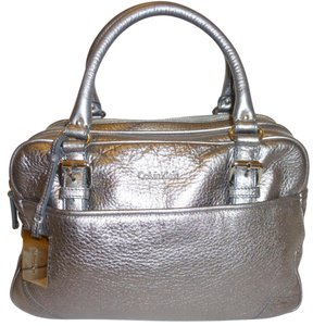 Calvin Klein Leather X-lg New Dust Satchel in Silver
