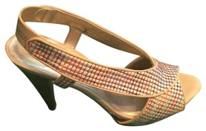 Moda Spana Color mix: tan/red/green/blue/orange Pumps