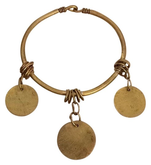 Preload https://img-static.tradesy.com/item/15498226/gold-handmade-jet-coin-bangle-bracelet-0-1-540-540.jpg