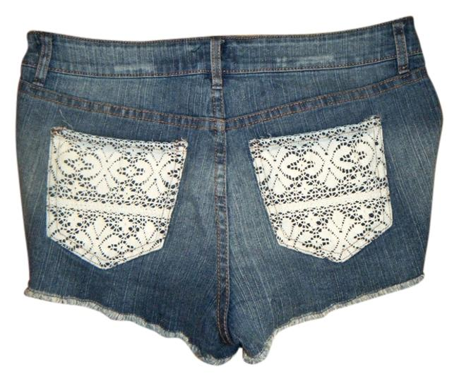 Item - Blue with White Lace Pockets High Trim Stretchy Daisy Dukes Denim Shorts Size 6 (S, 28)