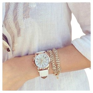 Wristwatch Vintage Leather Band Quartz Movement Bracelet Wristwatch Wrist Watch Fashion