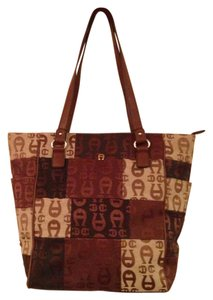Etienne Aigner Tote in Brown, Cream
