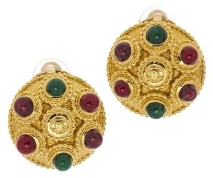 Chanel Chanel Button Red and Green Round Earrings