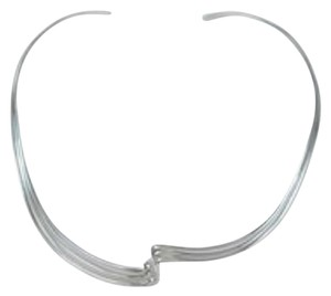 Twist Curve Open Choker