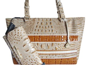 Brahmin Croc Emboss Leather Tote in Muslin Vineyard