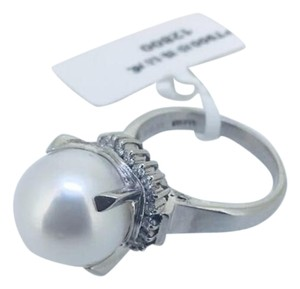 Other PT900 PLATIUM PEARL DIAMOND RING D0.13CT