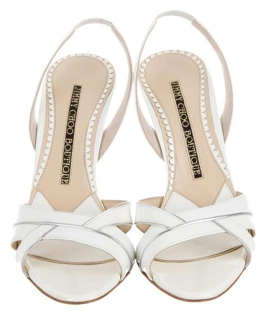 Item - White Sandals Size US 7 Narrow (Aa, N)