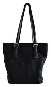 Coach Tote in Black.