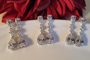 Luxury Bridesmaid Tear Drop Cz Earrings Set Of 3