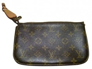 Louis Vuitton This Is A Very Nice Purse And In Good Condition Except For The Fact Leather Strap From One End To Other Broke Off The No Wristlet