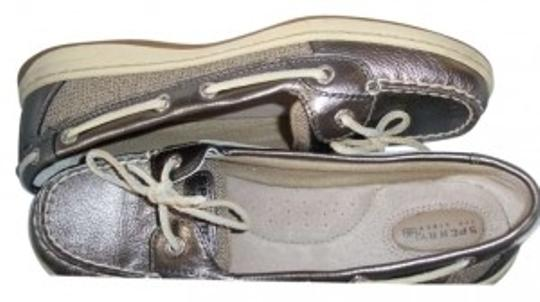 Preload https://item5.tradesy.com/images/sperry-pewter-metallic-angelfishstyle-9102385description-deck-flats-size-us-85-155204-0-0.jpg?width=440&height=440