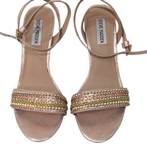 Steve Madden Rose gold Pumps