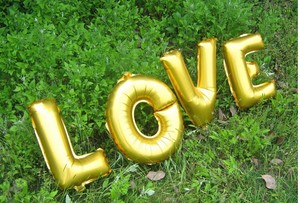 "Gold 16"" Love Mylar Letter Balloons 