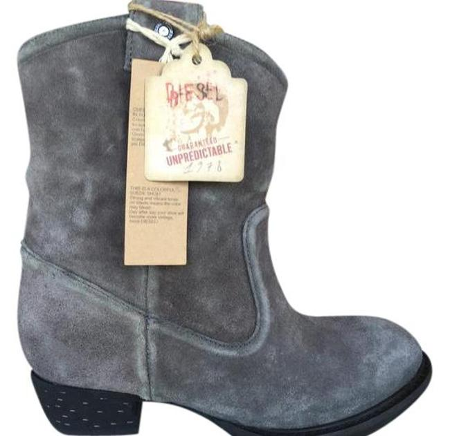 Diesel Grey Box Distressed In Suede ~ Price Lowered New In Boots/Booties Size EU 37 (Approx. US 7) Regular (M, B) Diesel Grey Box Distressed In Suede ~ Price Lowered New In Boots/Booties Size EU 37 (Approx. US 7) Regular (M, B) Image 1