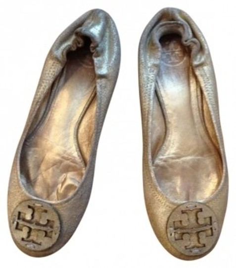 Preload https://item4.tradesy.com/images/tory-burch-gold-metallic-vintage-reva-flats-size-us-7-155243-0-0.jpg?width=440&height=440