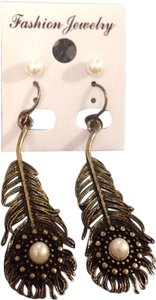 Bronze Peacock Feather & Pearl Stud Earrings 2-Pack
