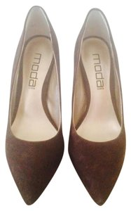 Moda International Brown Pumps