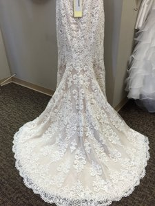 Allure Bridals Allure Bridals Wedding Dress