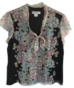 Nine West Top floral and black