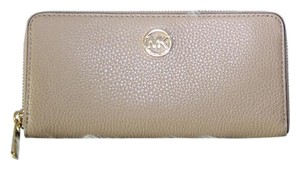 Michael Kors Michael Kors Fulton Zip Around Wallet