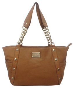 Michael Kors Leather Tote in Luggage / Tan