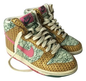 Nike Bamboo Lace Green, White, Pink, Brown Athletic