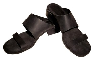 Valerie Stevens Black Sandals