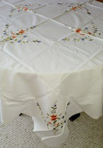 Vintage Embroidery Applique Linen Floral Tablecloth