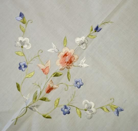 White Linen and Embroidered Flowers Vintage Applique Floral Tablecloth Decoration Image 1