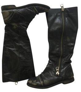 Steve Madden Distressed Leather Leather Zipper Black Boots